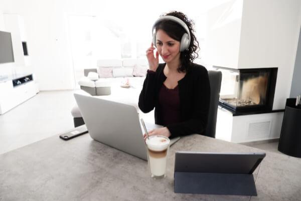 Description - Bose Headphones 700 (1)