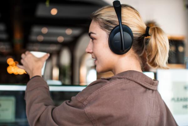 Description - Bose Headphones 700 (4)