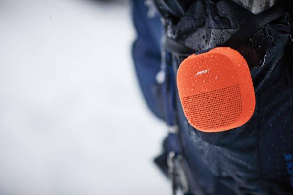 Description - Bose Soundlink Micro (2)